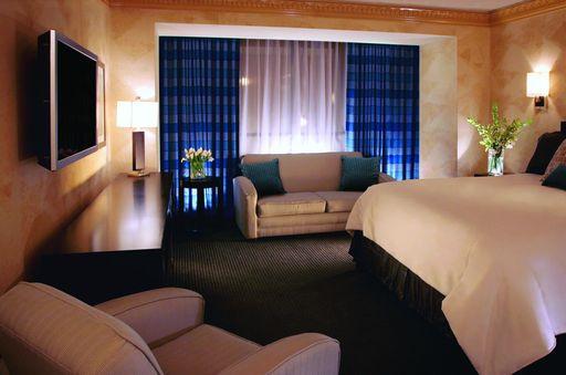 Pictures Of Luxor Hotel Casino Extraordinary Luxor One Bedroom Luxury Suite Ideas Design