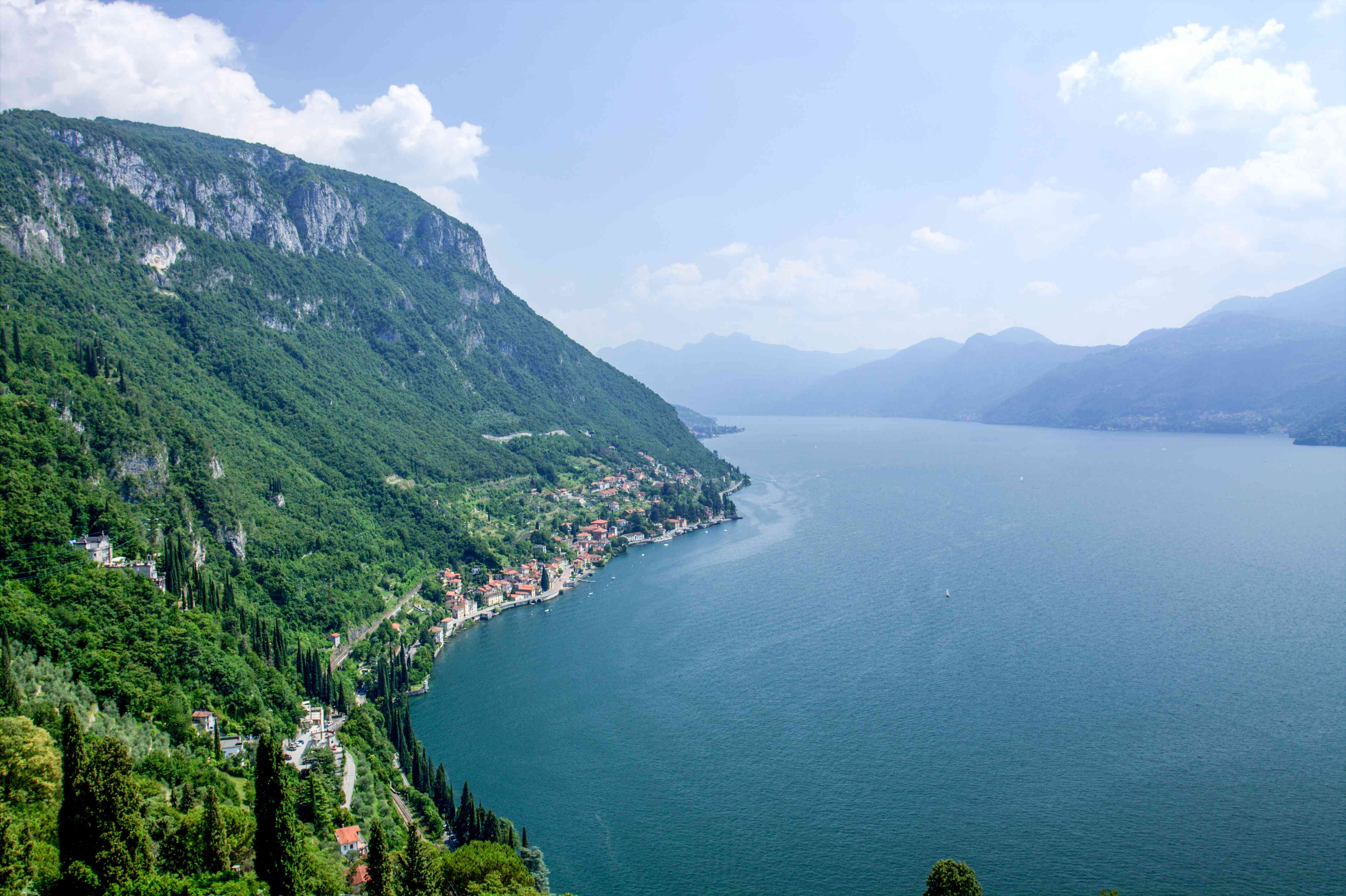 View of Lake como from a hiking trail