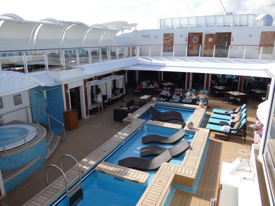 The Haven Courtyard on the Norwegian Getaway cruise ship