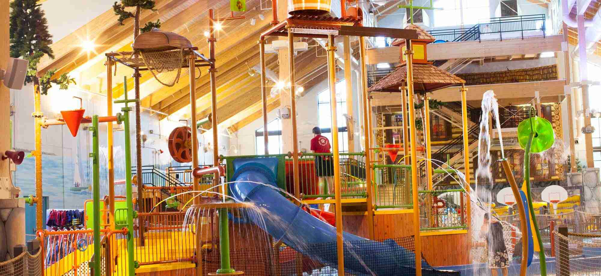 Indoor water park at Great Wolf Lodge