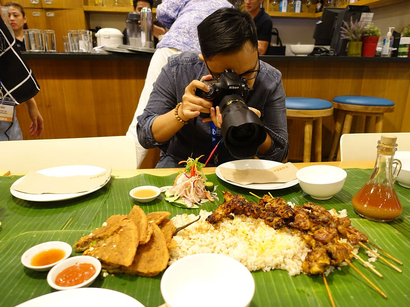 I Survived a 15 Hour Food Frenzy in the Philippines