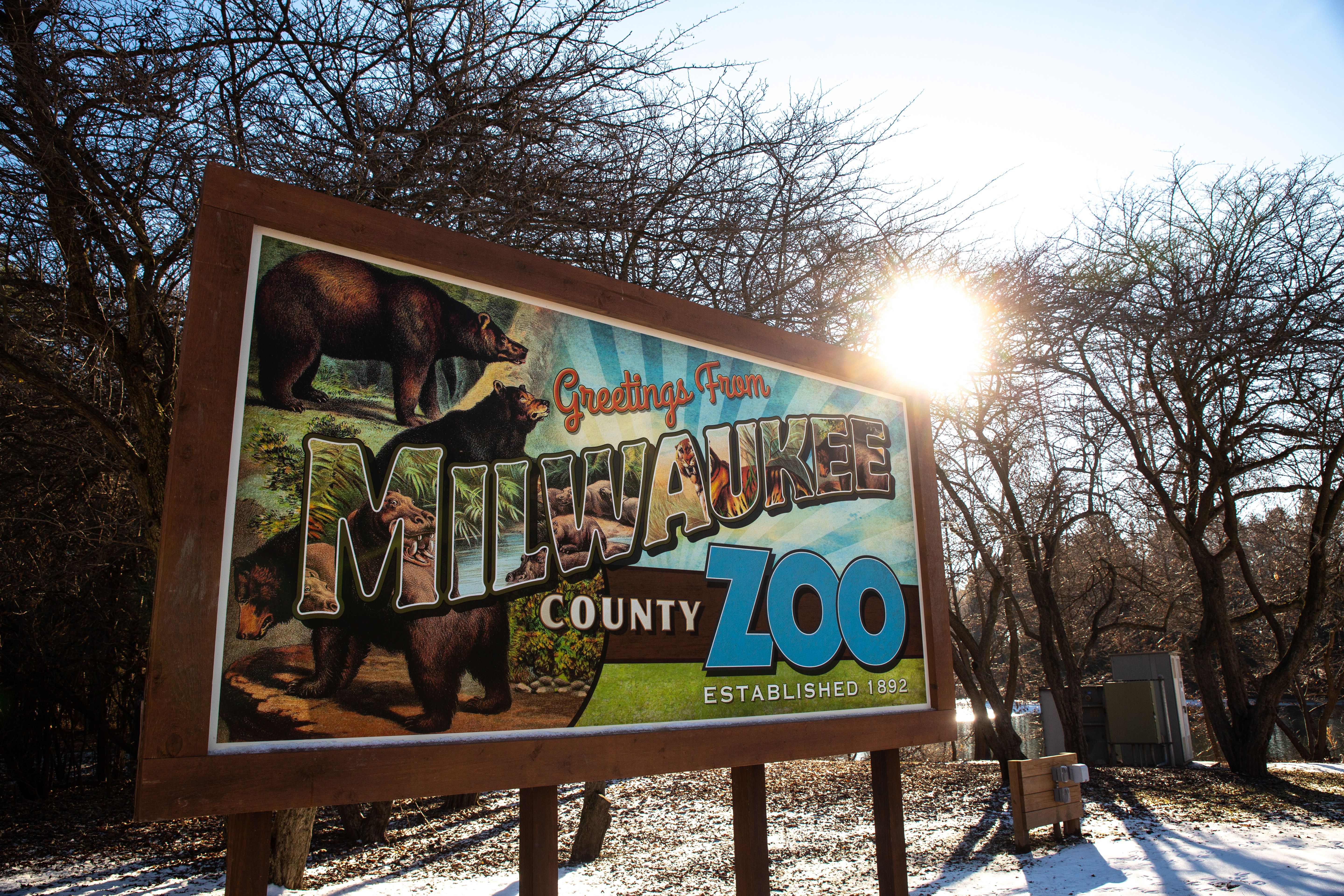 Sign for Milwaukee County Zoo