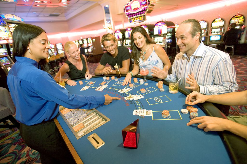 Casino Gambling Vacations That Couples Will Love