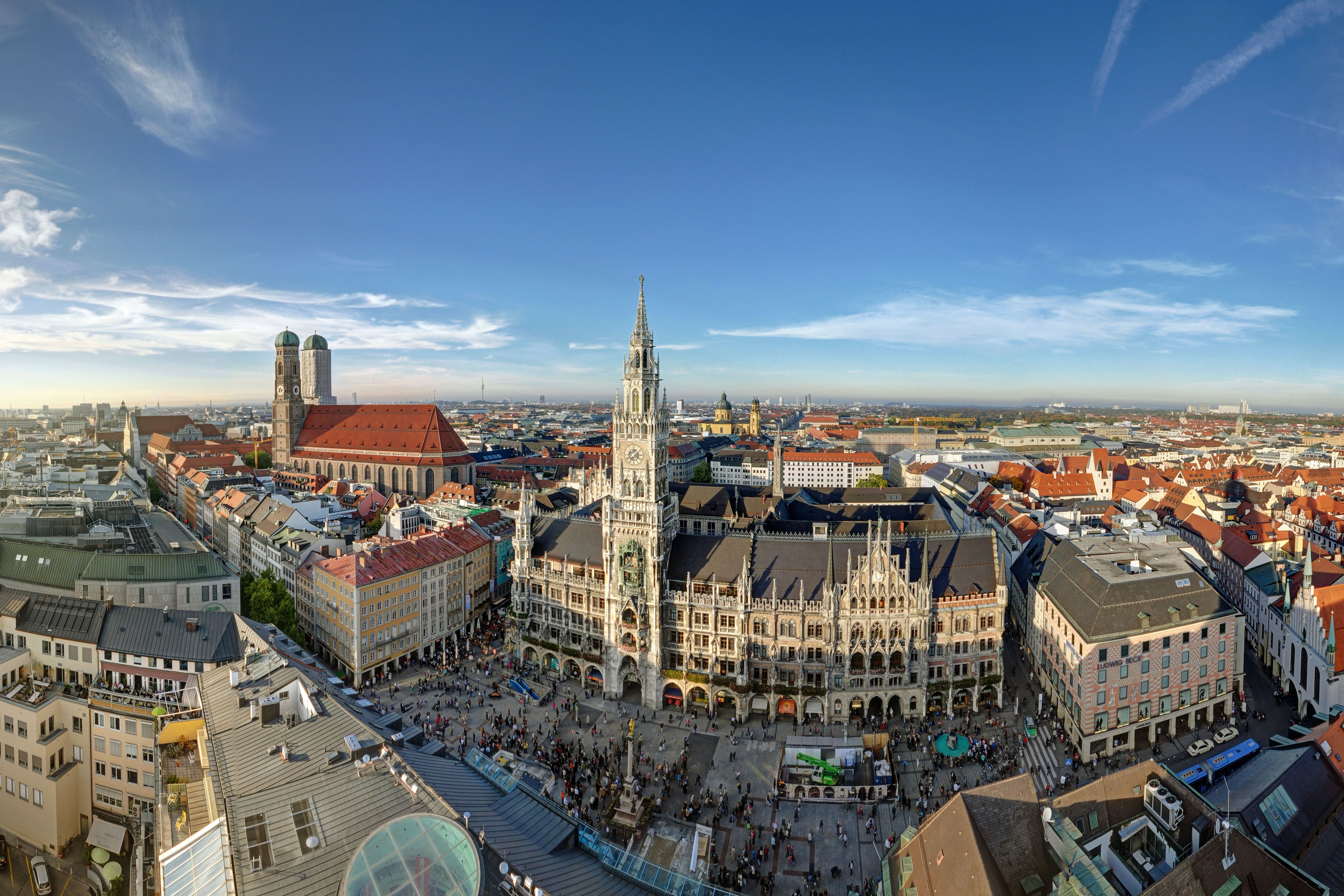 Wide angle view over the rooftops of Munich