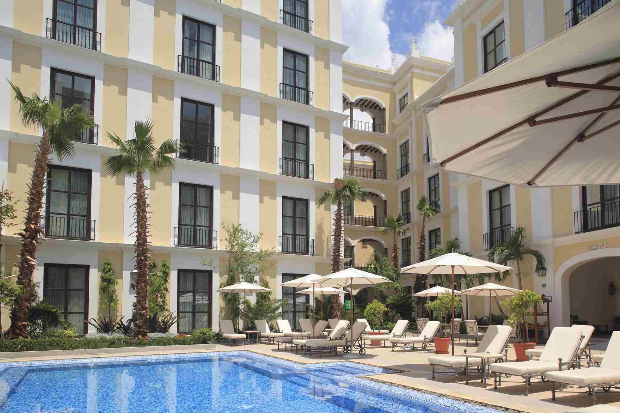 Hotel Solar de las Ánimas Pool