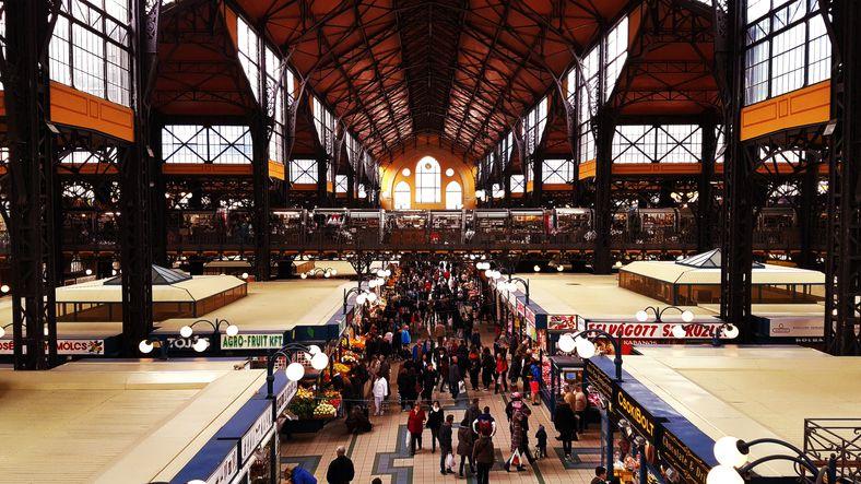 Central (or Great) Market Hall (Große Markthalle) - Budapest