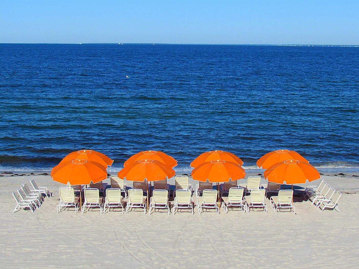 Review Sea Crest Beach Hotel N