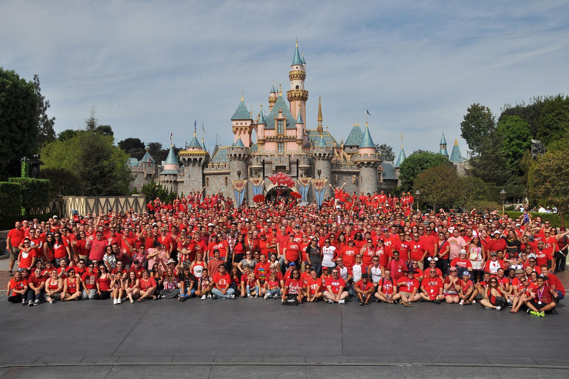 Disneyland Gay Pride Ringer Tee L Large Rainbow Mickey