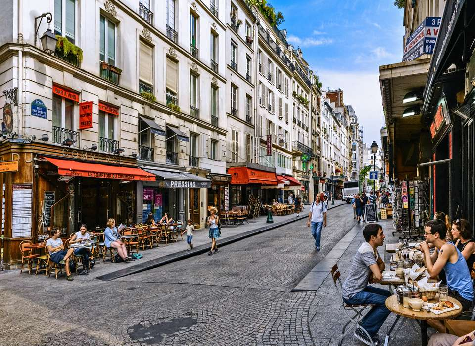 Shops and bistrots in Petits Carreaux Street, Paris, France