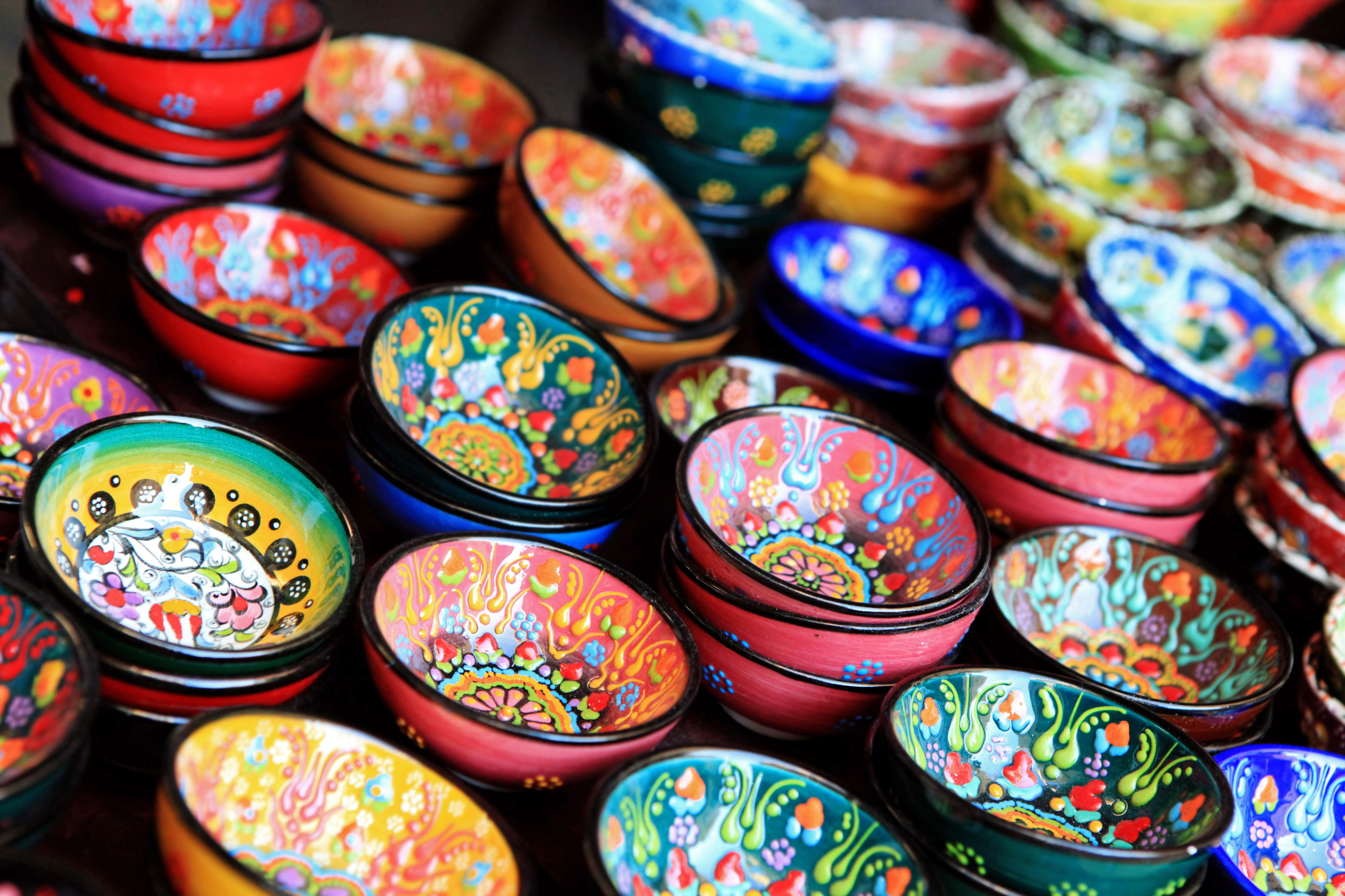 Colorful craft markets are free to visit in Dubai.