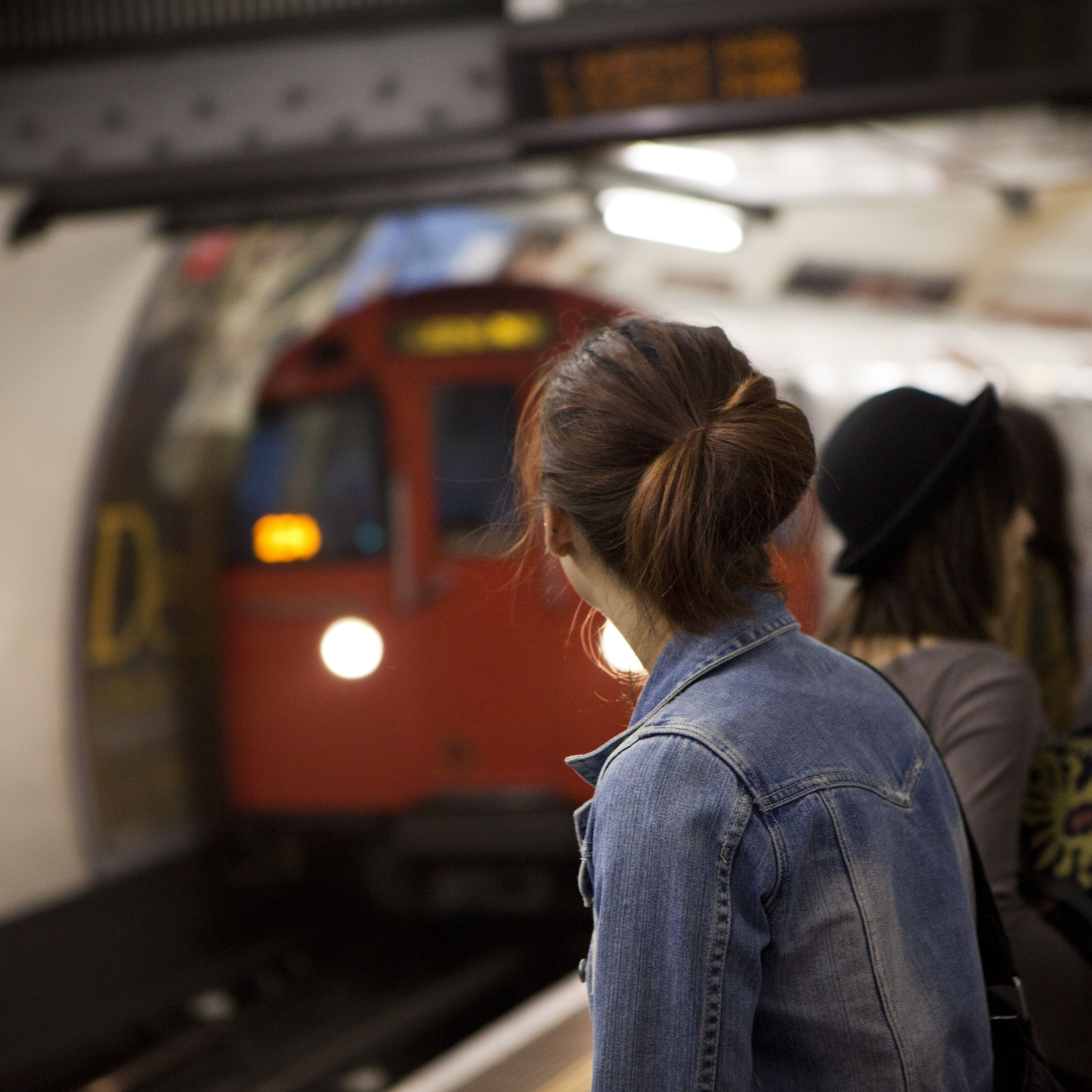 Getting Around London: Guide to Public Transportation