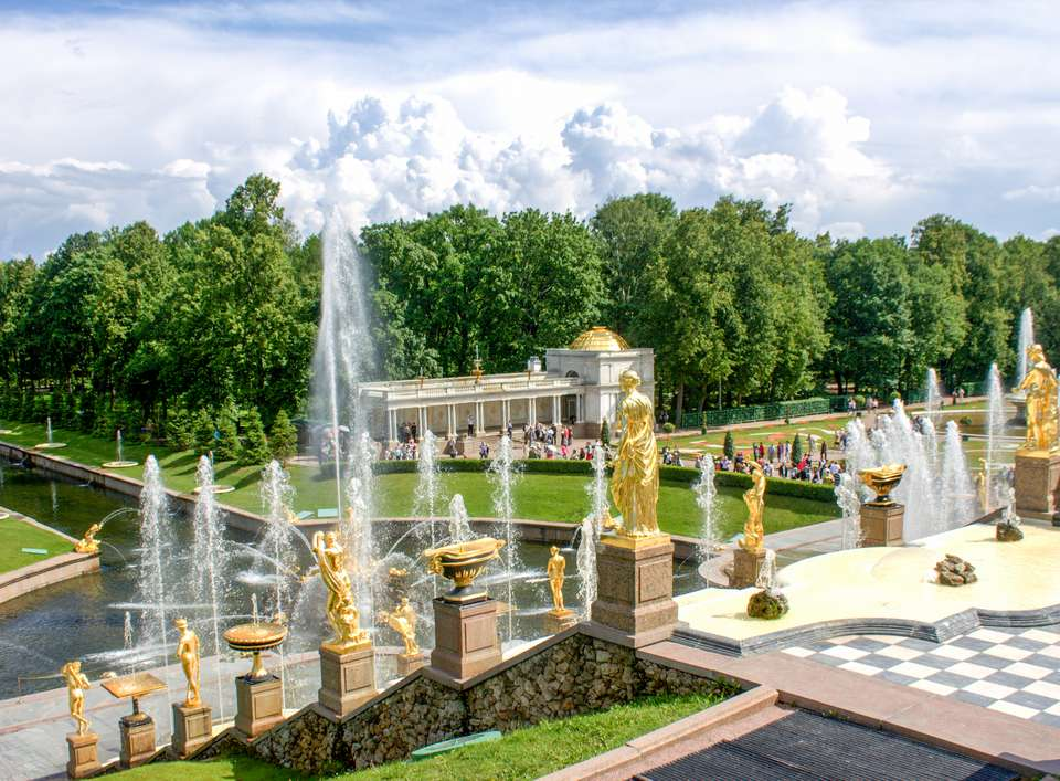 Fountains at peterhof