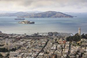 San Francisco city in front of San Francisco bay