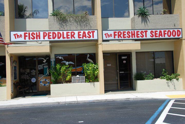 Exterior del vendedor ambulante de pescado del Este