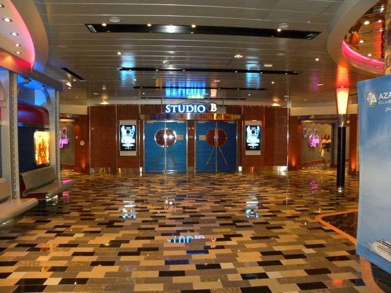 Allure of the Seas - Entertainment Place