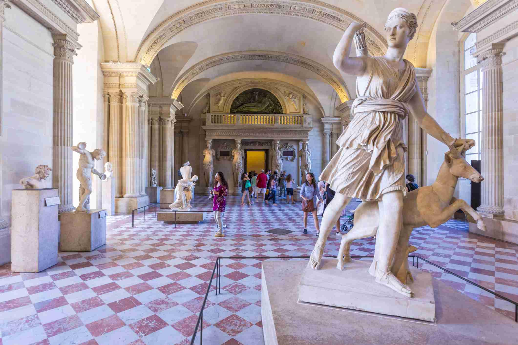 Escultura Artemis-Diana de Versalles