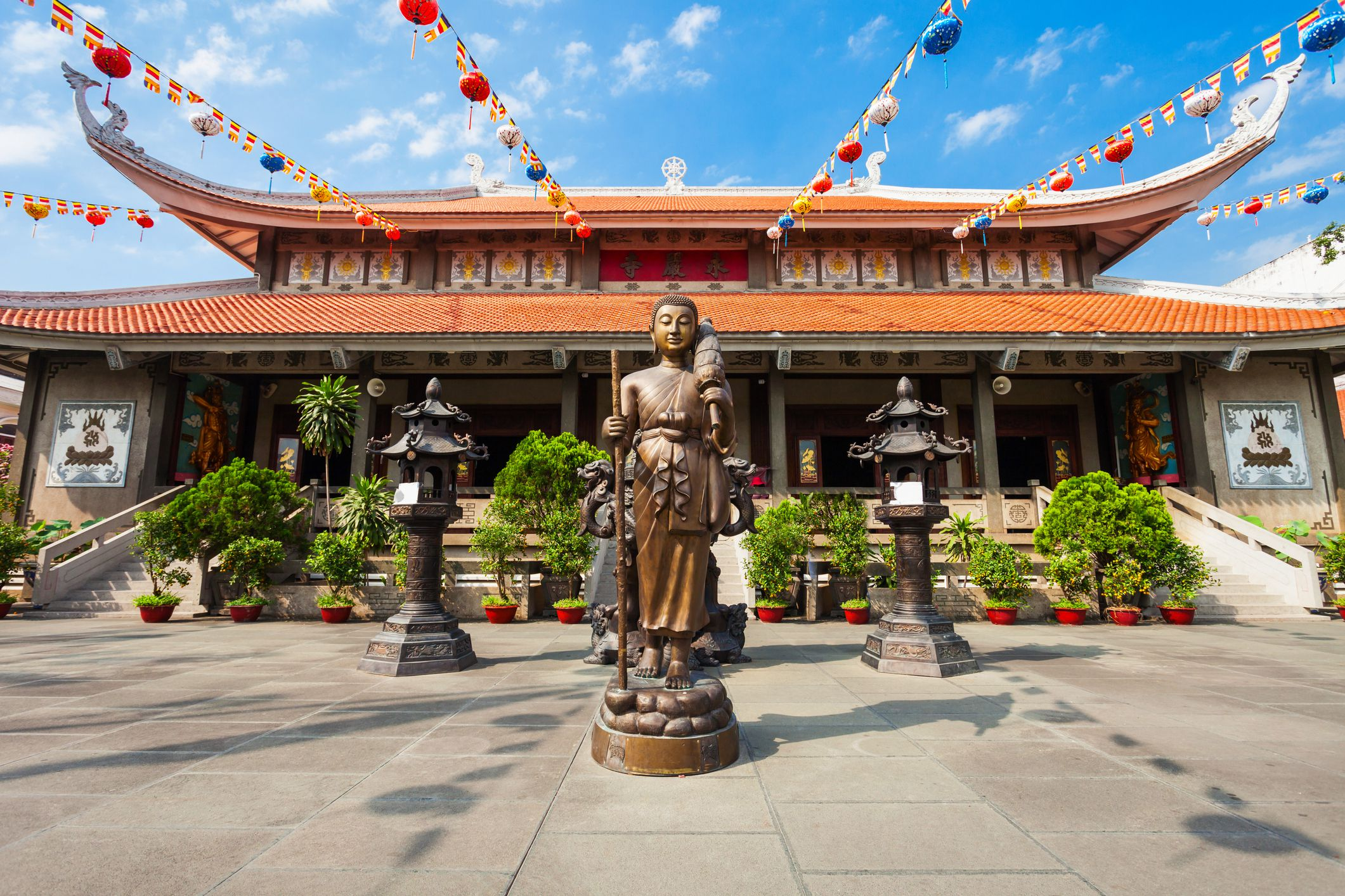 The 7 Best Temples and Pagodas in Ho Chi Minh City, Vietnam