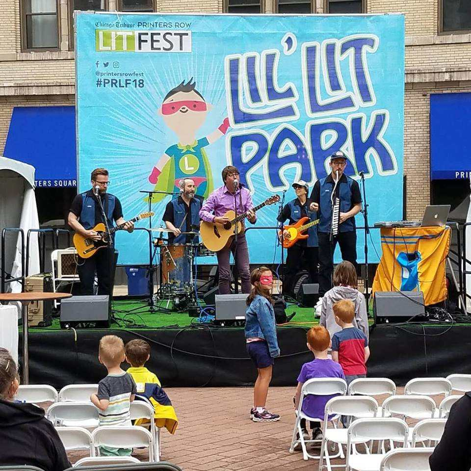 Performance at the Printers Row Lit Fest