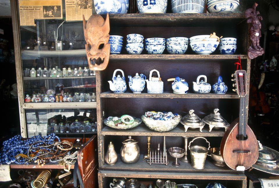 Antique shop hollywood road hong kong