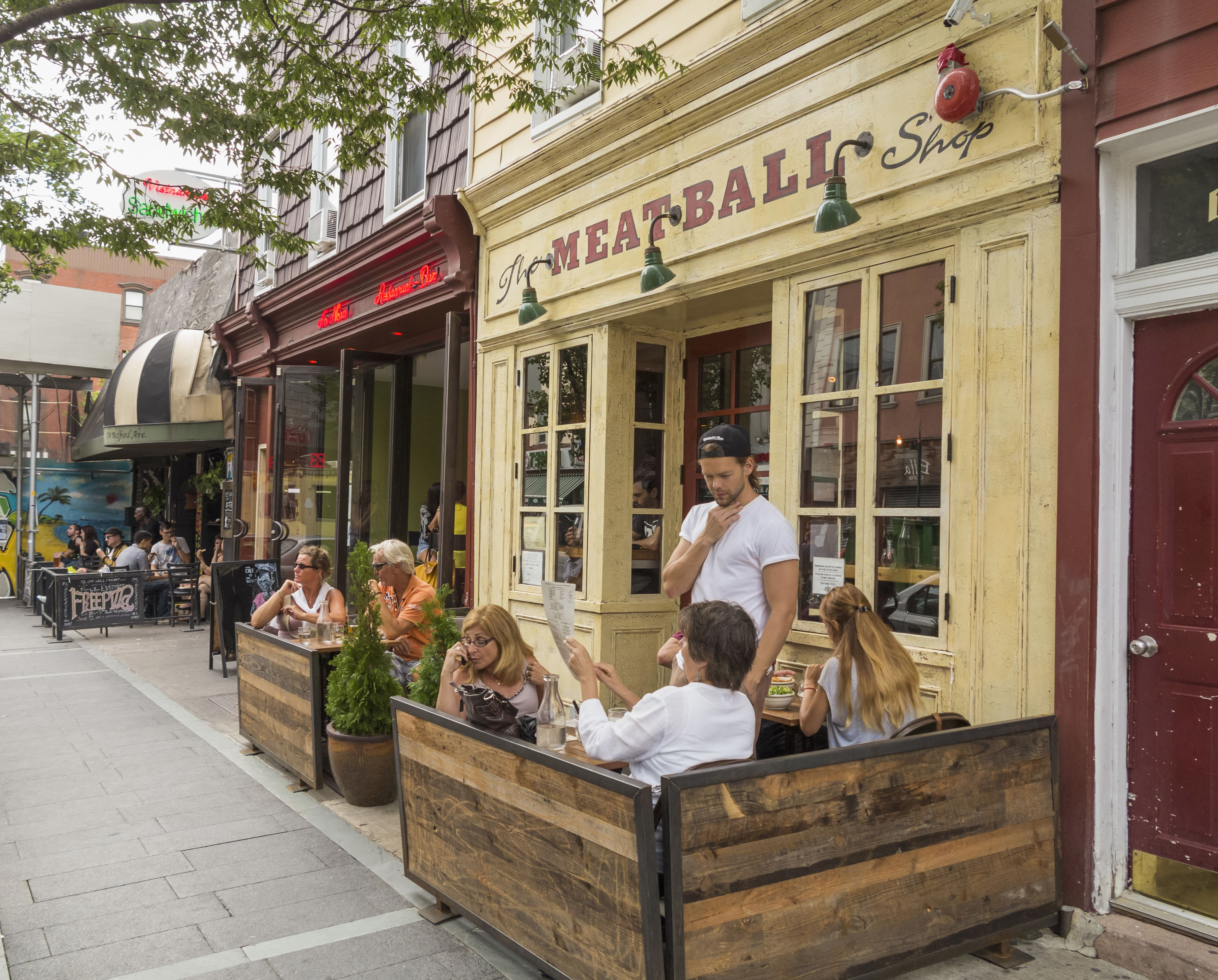 Pavement cafes and restaurants in Williamsburg, Brooklyn, New York City, New York State, USA