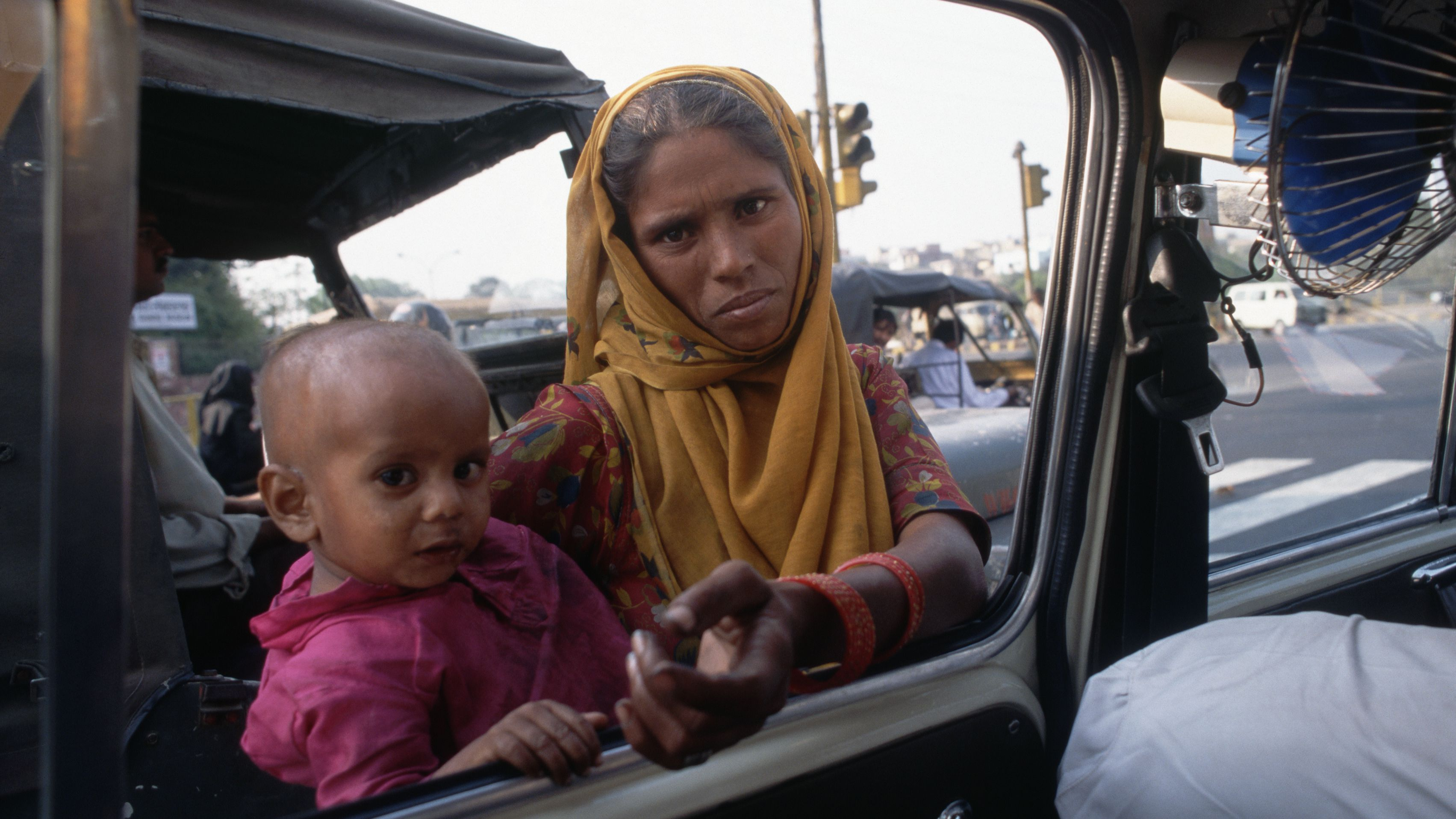 India's Beggars and Begging Scams: What You Should Know