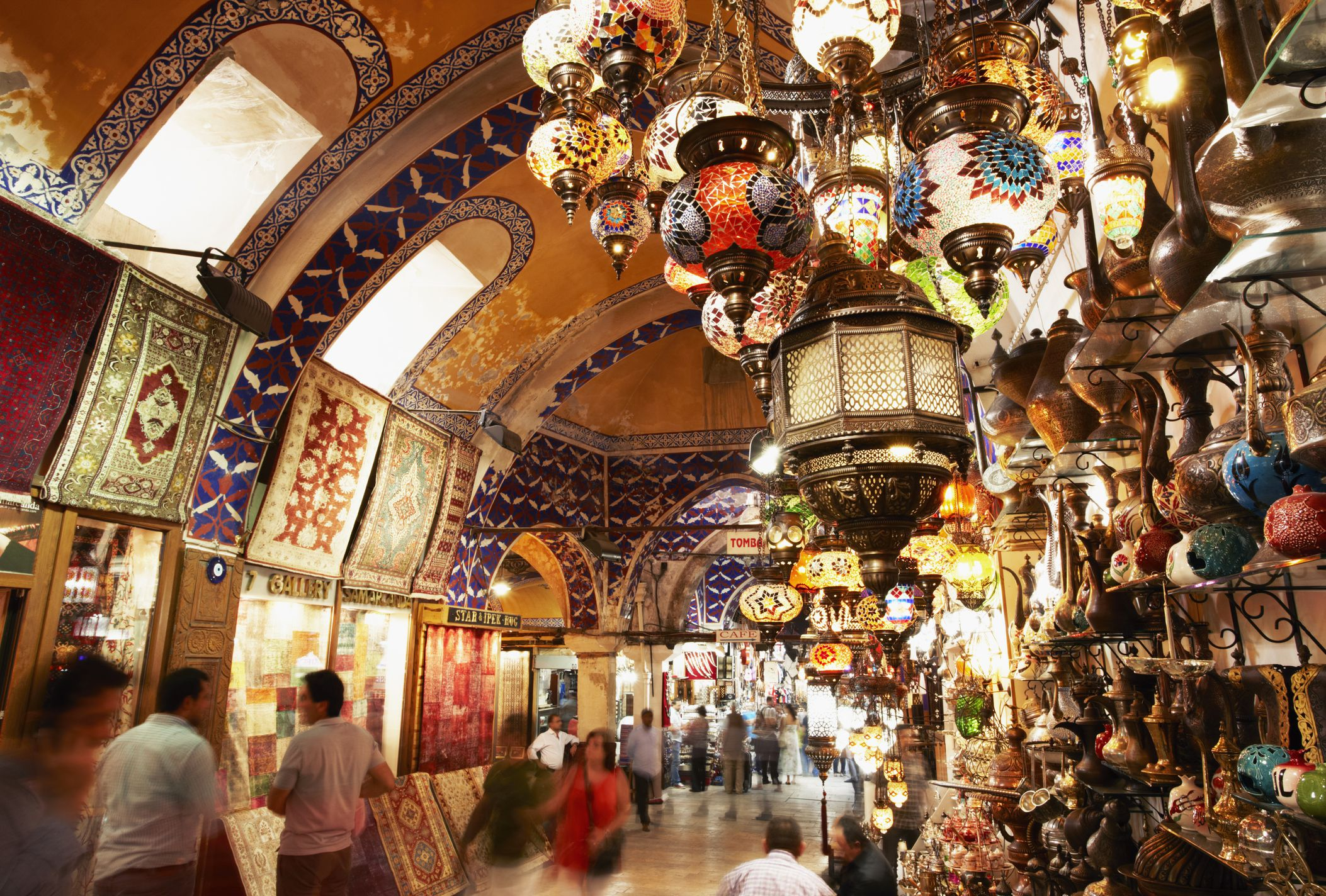 People shopping in The Grand Bazaar