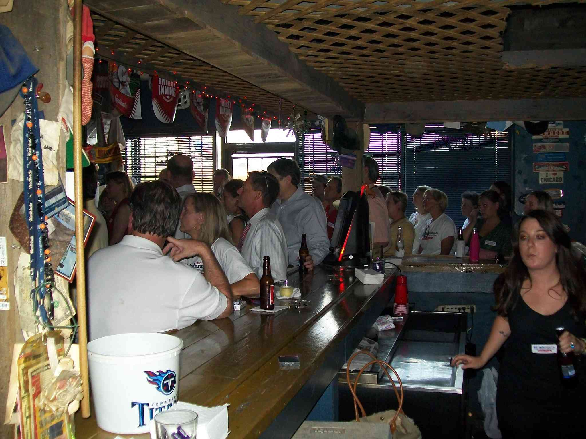 Tennessee Dive Bar