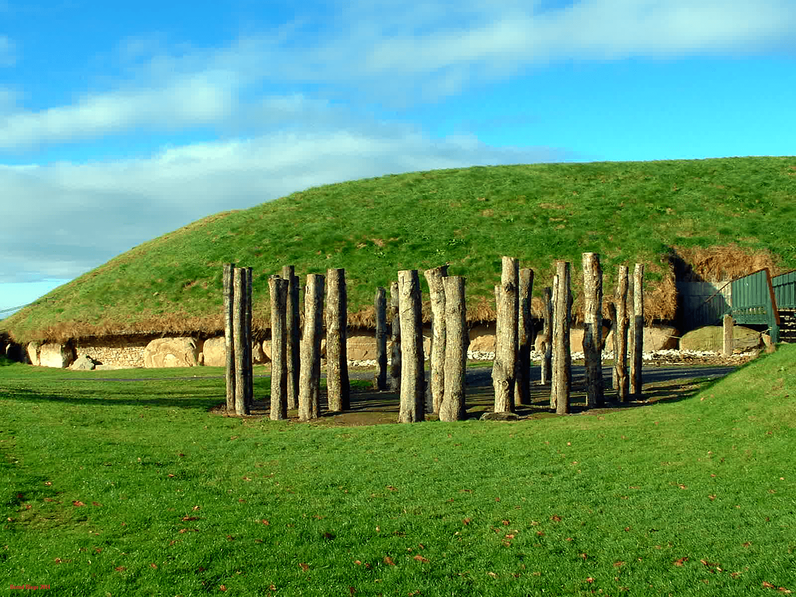 Knowth - Main Tumulus and Wooden Henge