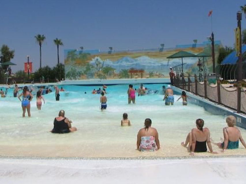 West Phoenix Water Park Serengeti Surf Wave Pool at WaterWorld Safari