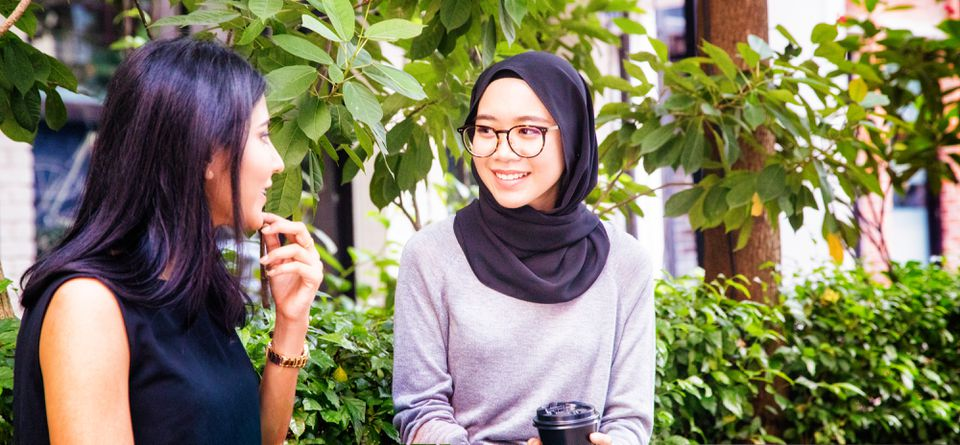 How to Say Hello in Malaysia: 5 Easy Malayian Greetings
