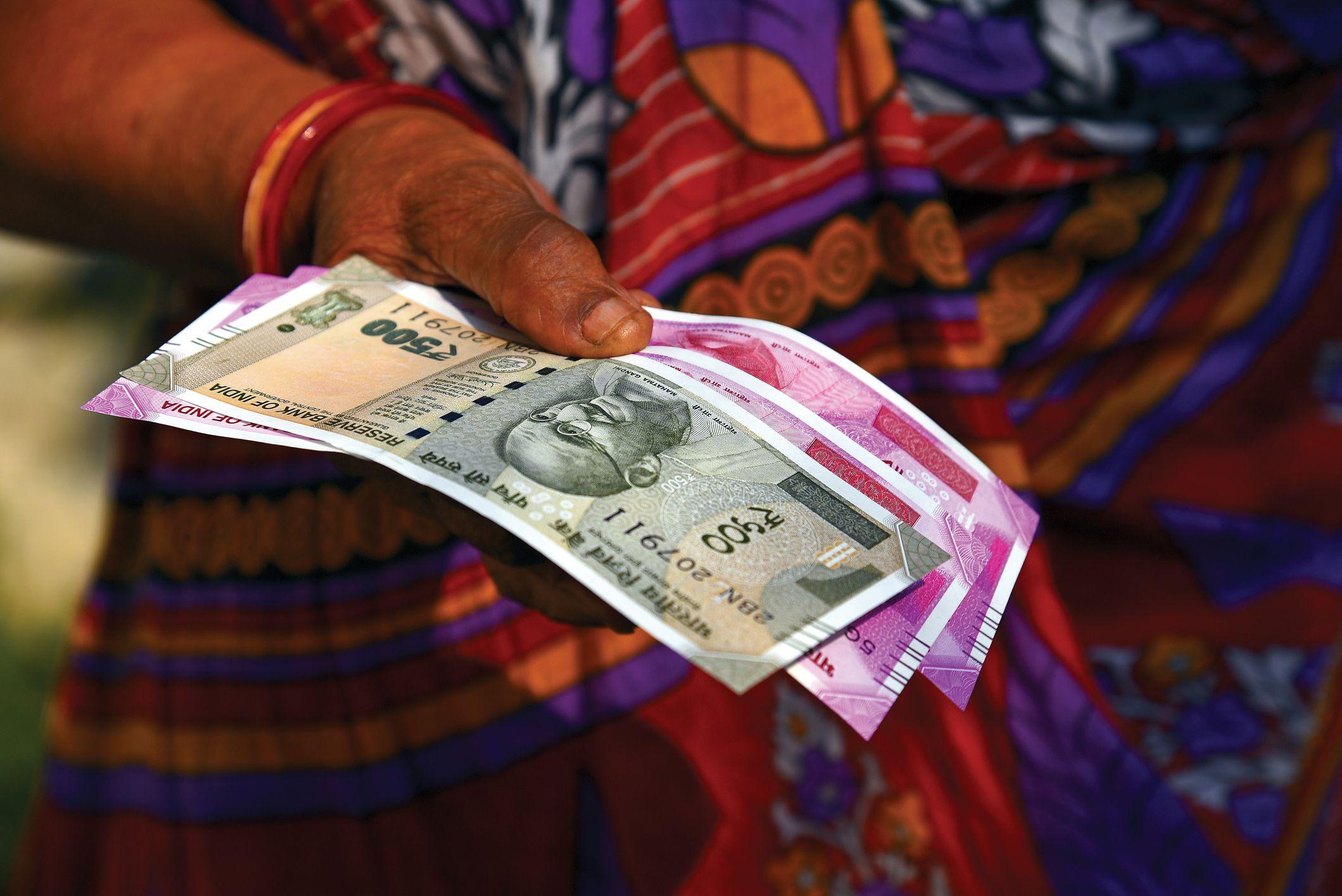 पाकिस्तान अब नकली नोटों के जरिए भारत को नुकसान पहुंचाने की रच रहा साजिश