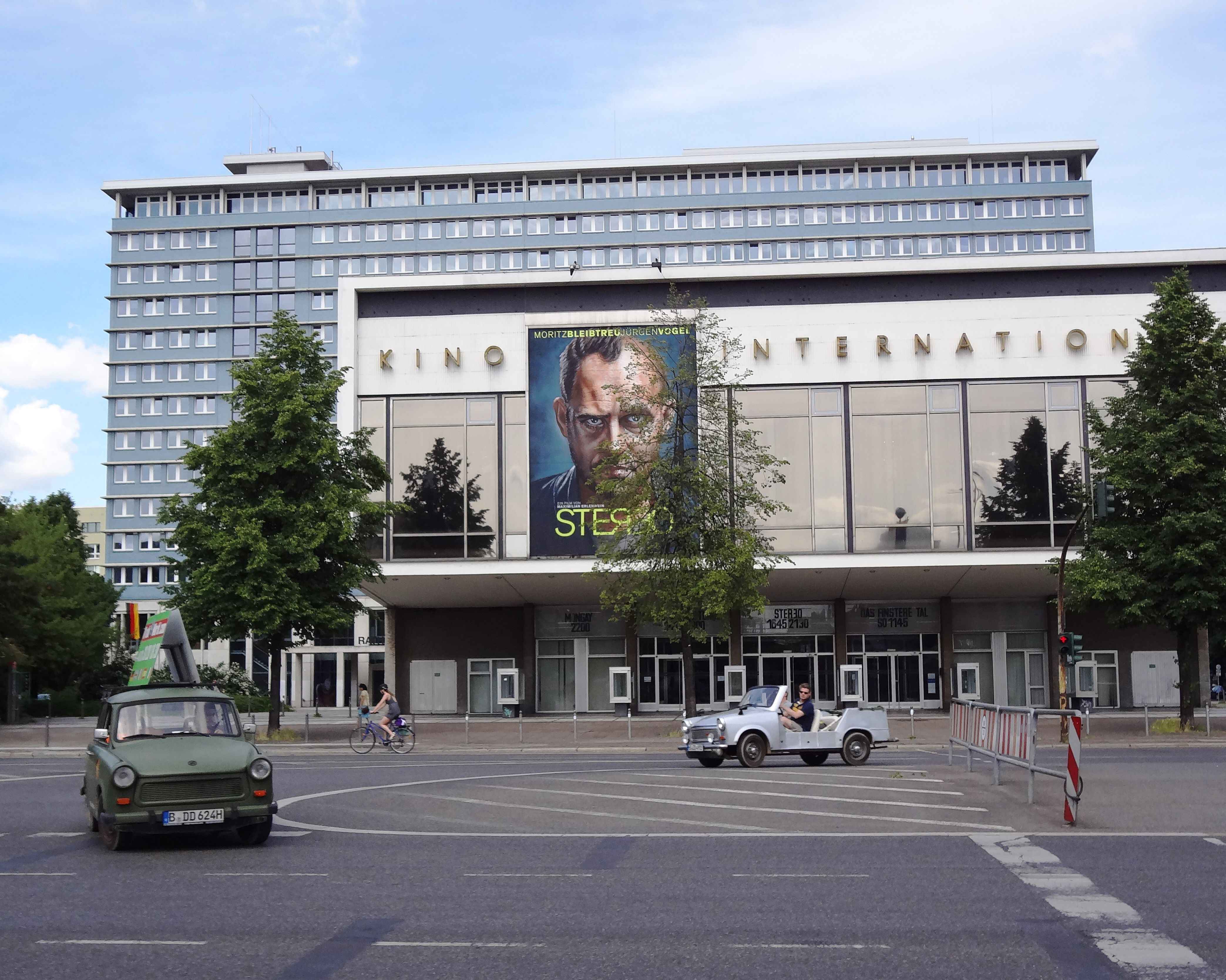 Berlin Kino International.jpg