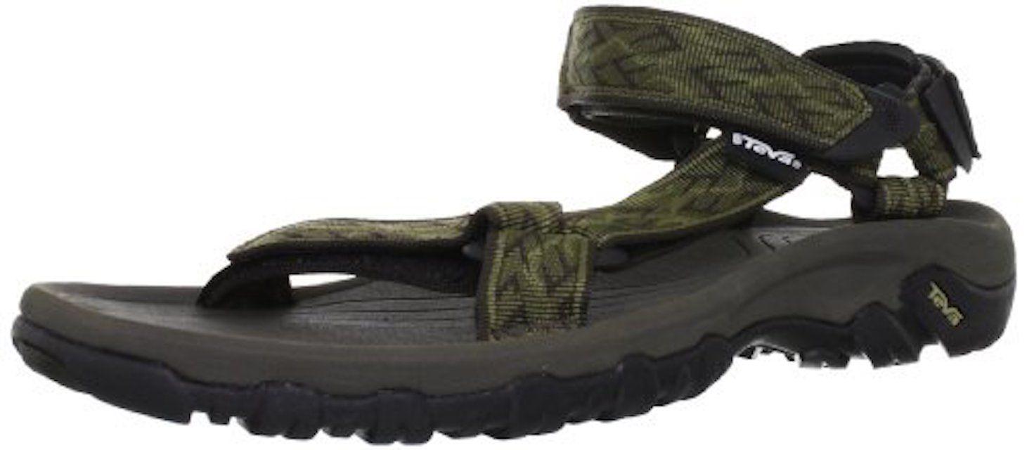 6d9257a3b324 The 8 Best Men s Sandals of 2019