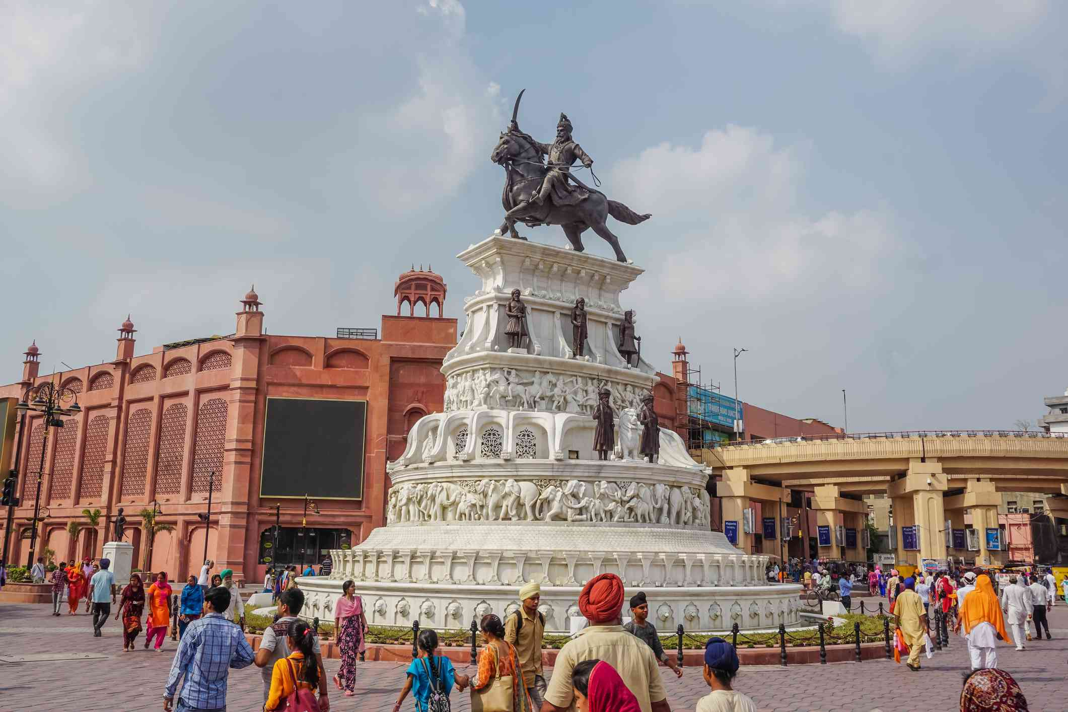 Old Indian street, architecture and everyday life in Amritsar, Punjab