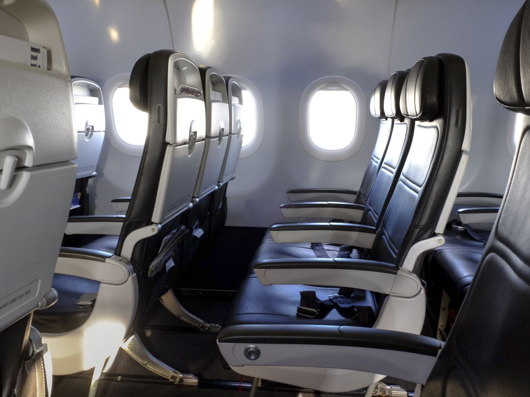 These Global Airlines Have the Tightest Seat Pitch