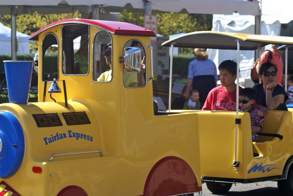 trackless train at the Fall for Fairfax Kidsfest