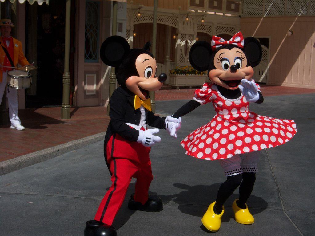 Mickie & Minnie