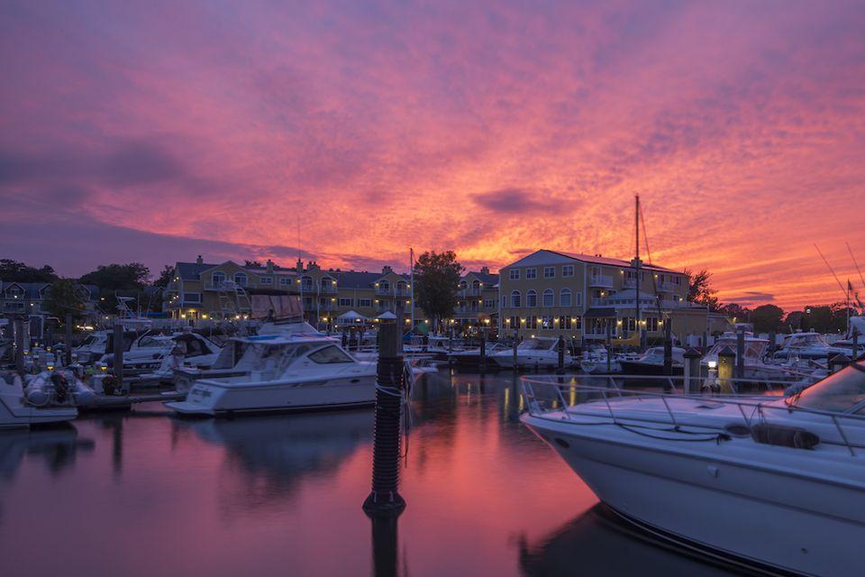 sunset at the Saybrook Point Inn & Spa