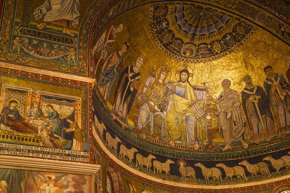 Italy, Lazio, Rome, Trastevere, Piazza di Santa Cecilia, Basilica di Santa Cecilia