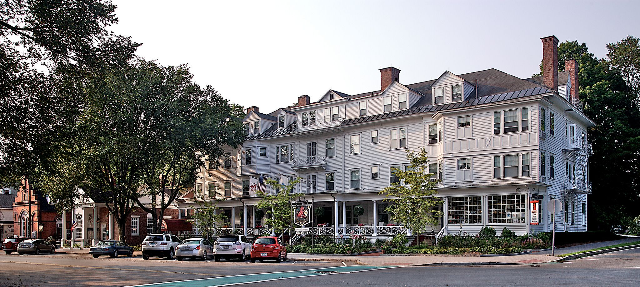 The Oldest Hotels in America