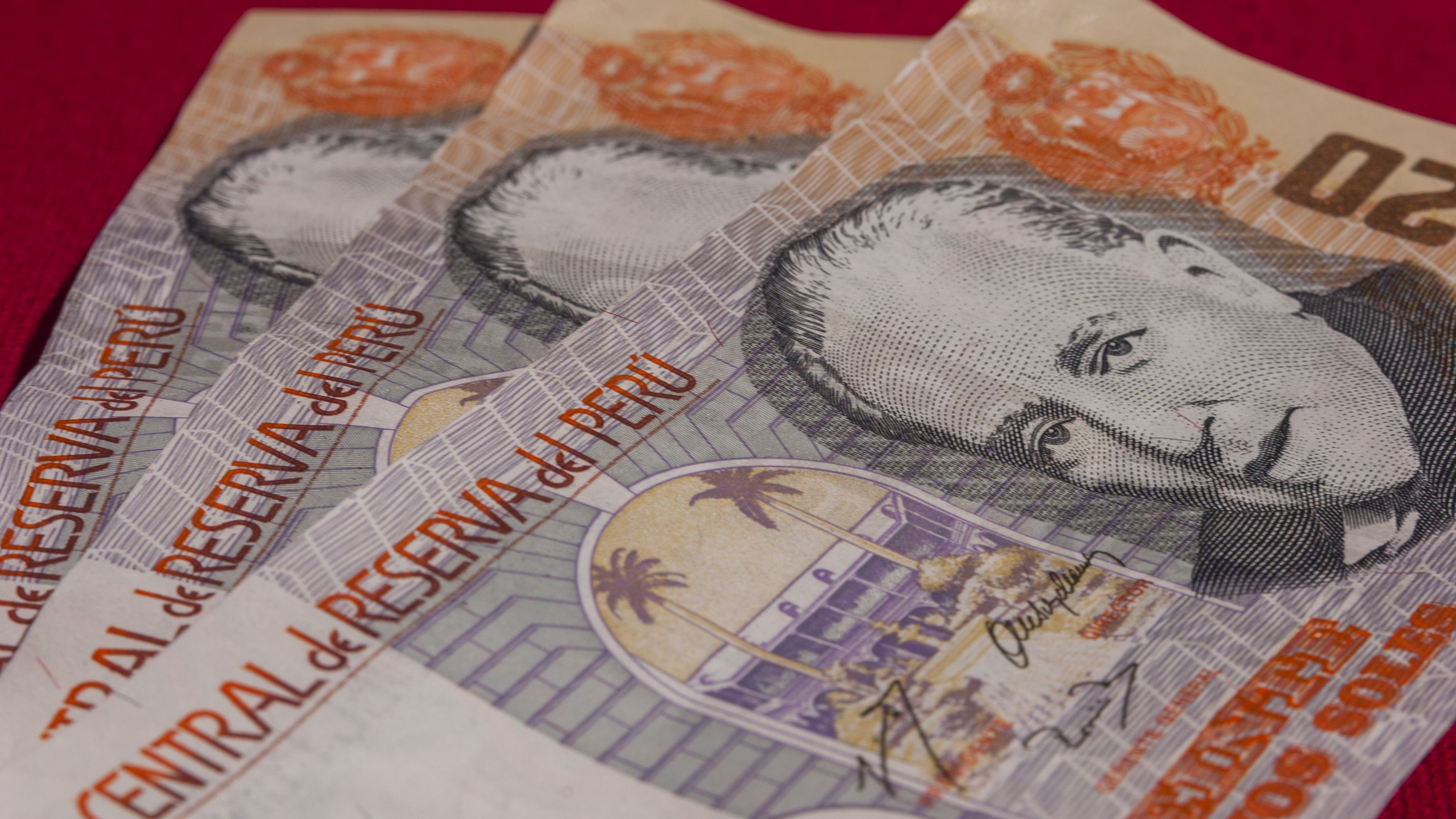 Peruvian Currency Guide For Travel