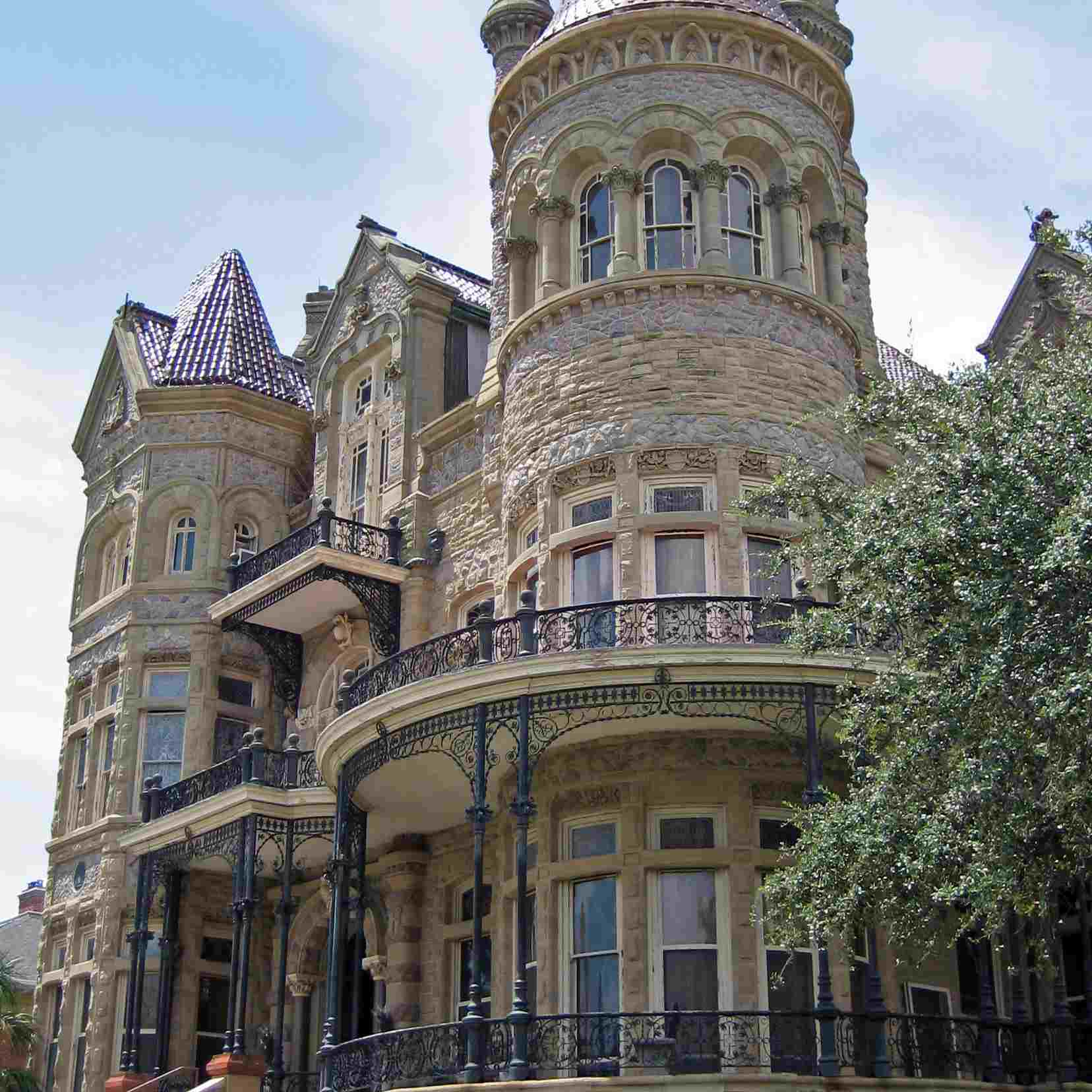 """""""Bishops Palace, Galveston"""" by Dana Smith is licensed under CC BY 2.0"""