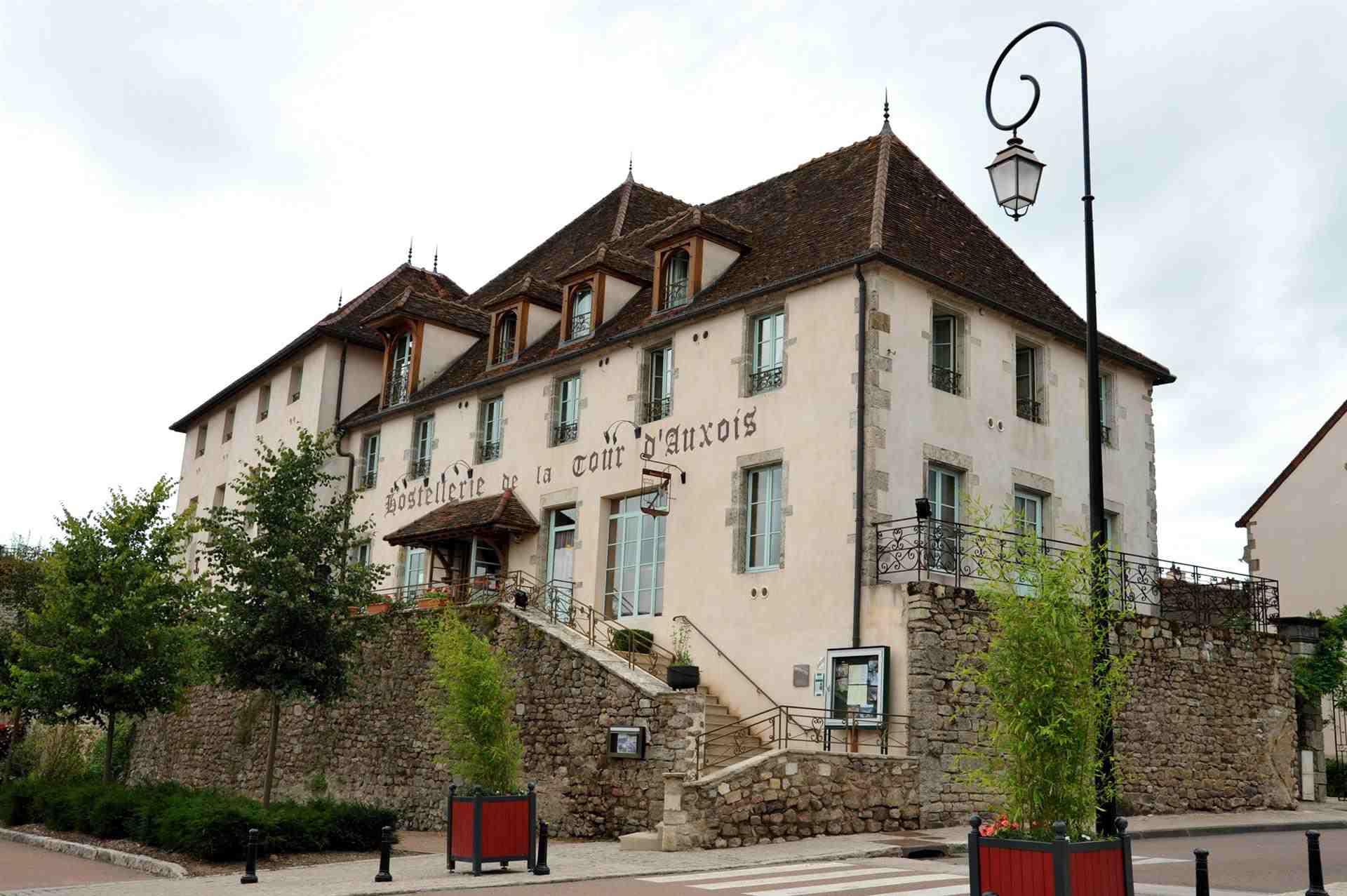Hostellerie La Tour d'Auxois