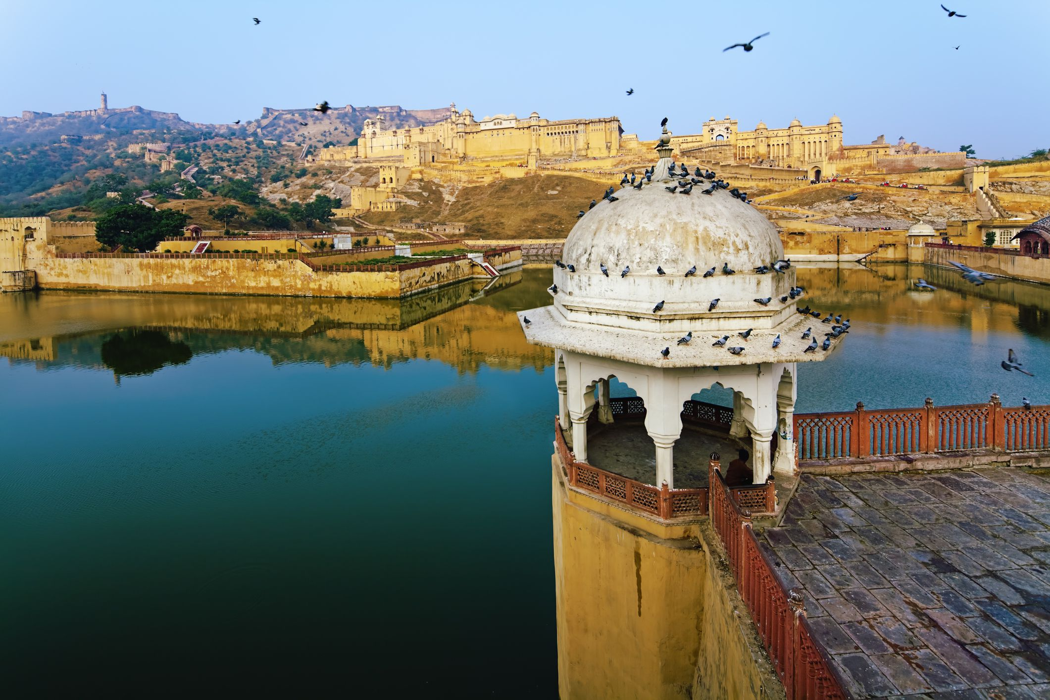 Jaipur's Amber Fort: The Complete Guide