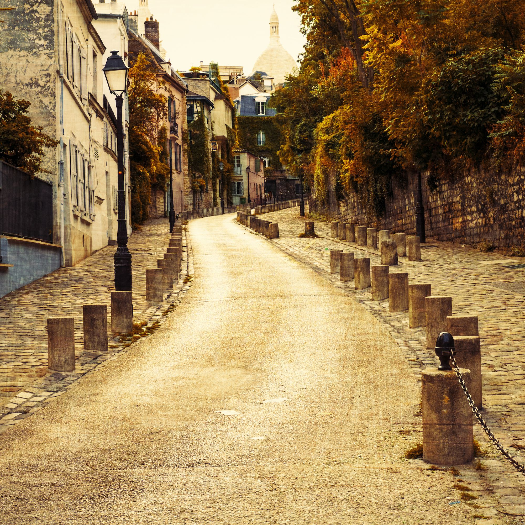 Paris in the Fall: Weather, What to Pack & What to See
