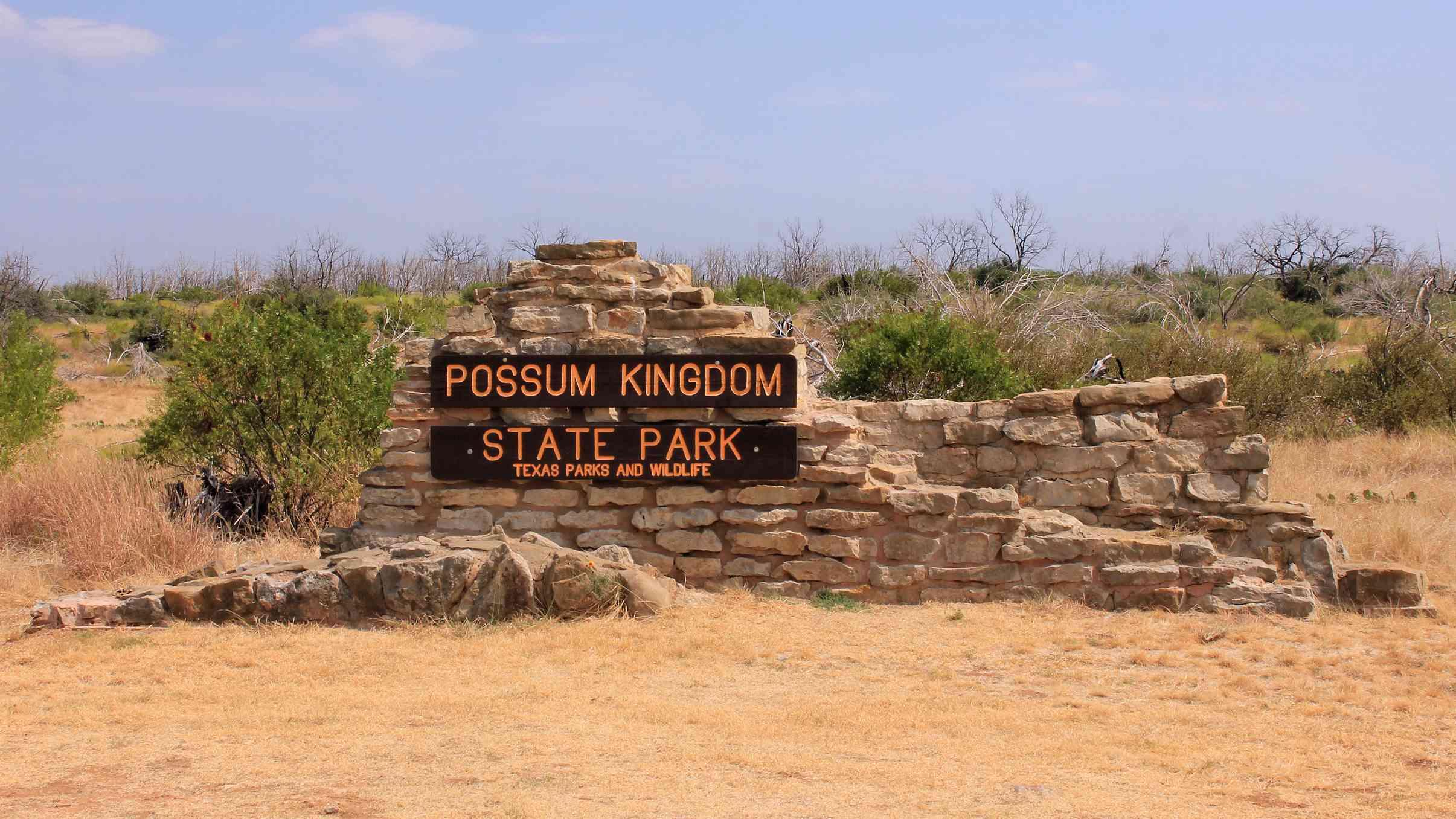 Entrance sign to Possum Kingdom State Park