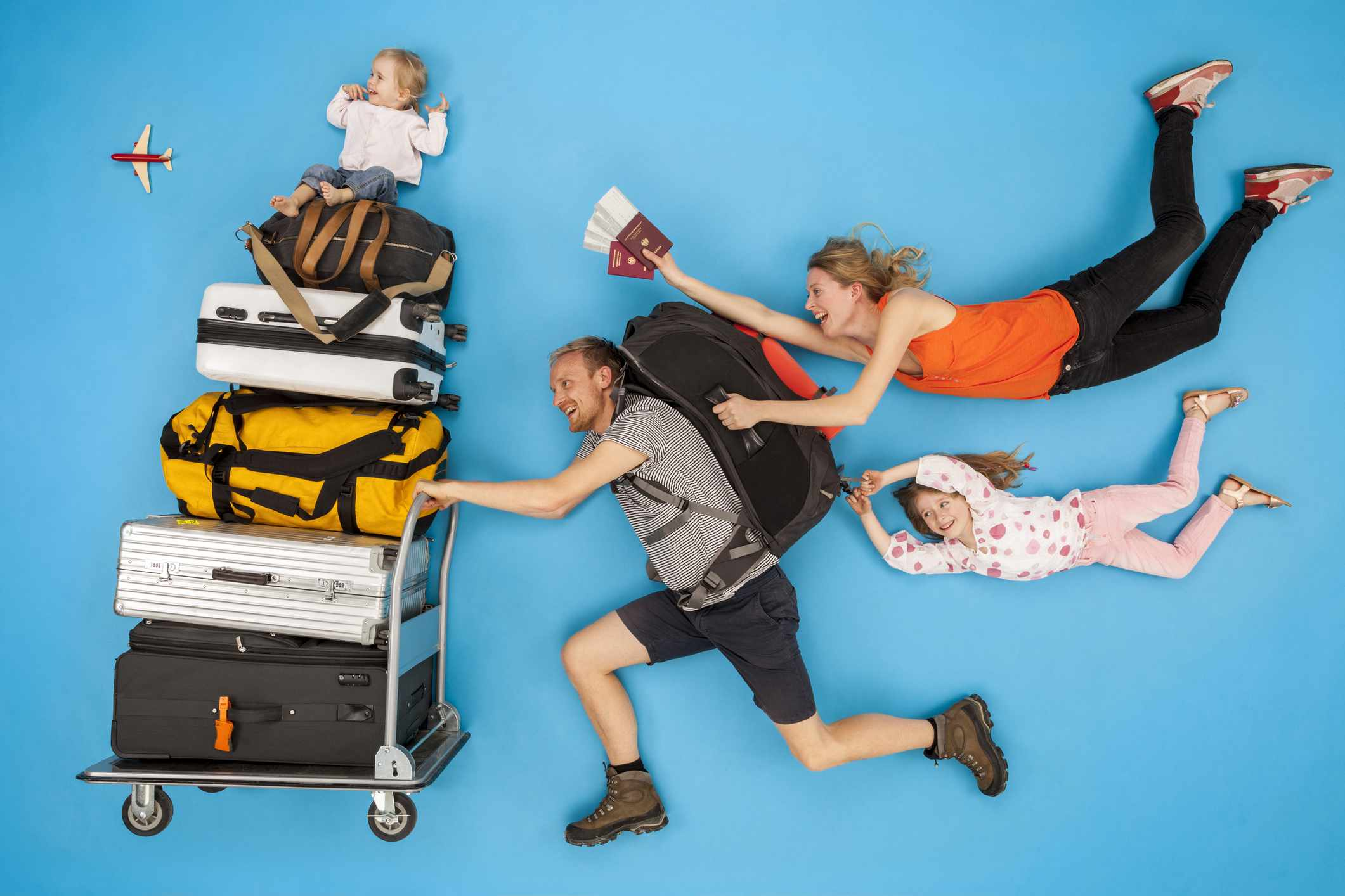 Whats Hurry About Flying South When >> What To Pack In Your Carry On Bag When Flying With Kids