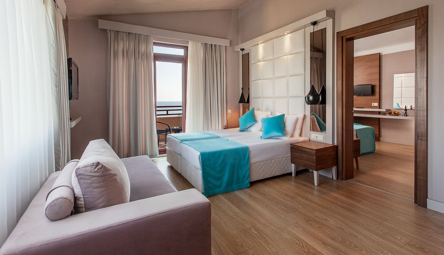 Rooms: Definition Of Adjoining Hotel Rooms