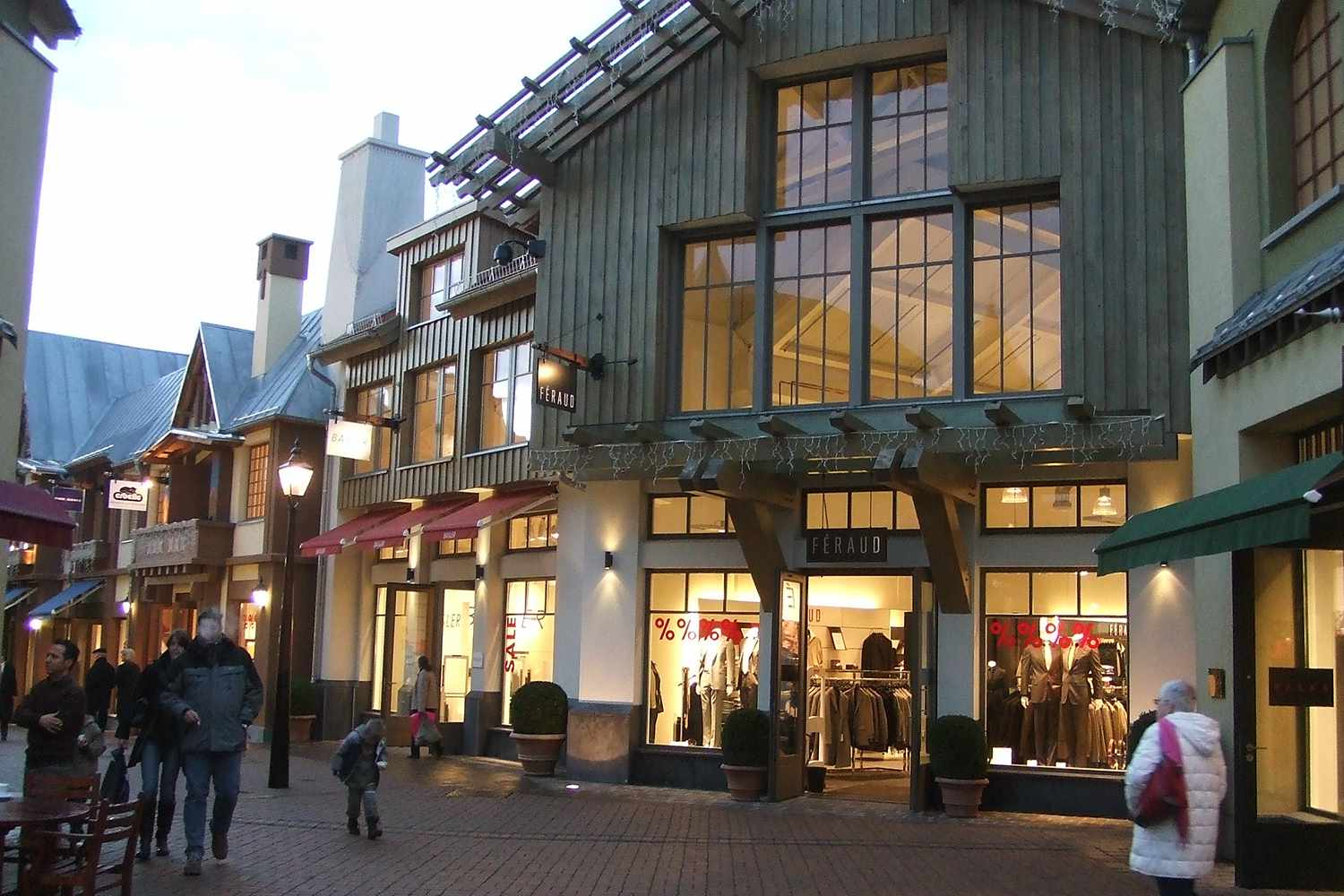 new concept 58e08 b7761 Best Outlet Stores in Germany