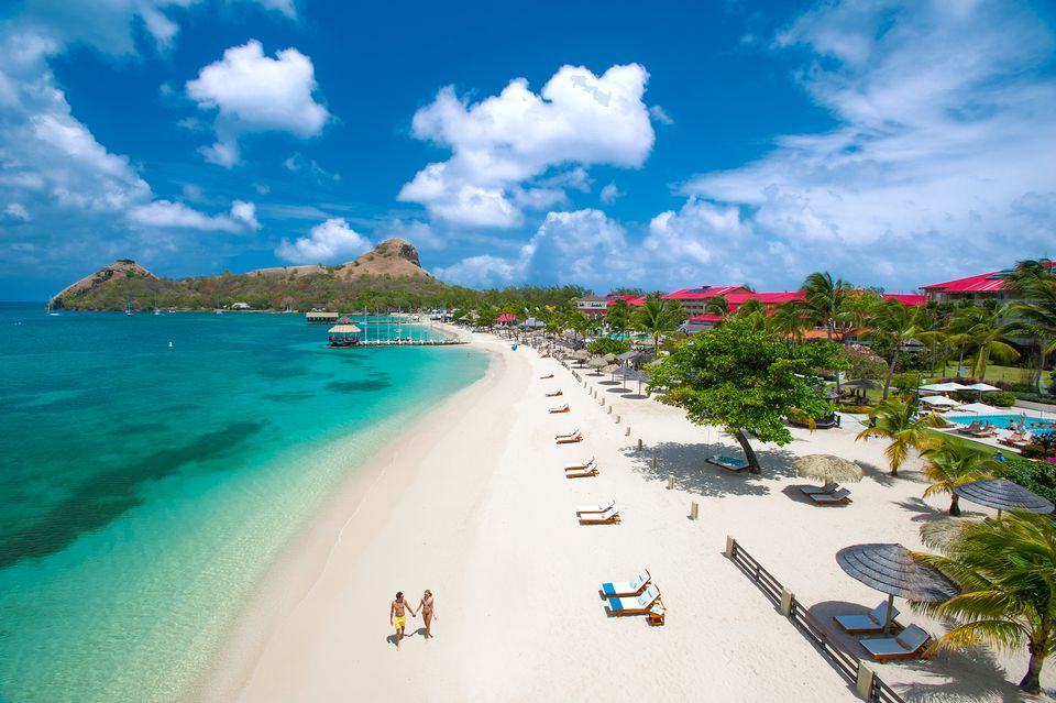A great Caribbean beach at Sandals Grande St. Lucian hotel